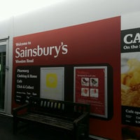 Photo taken at Sainsbury's by Lord Tony 🌲🎄🌲 on 9/25/2016