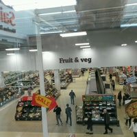 Photo taken at Sainsbury's by Lord Tony 🌲🎄🌲 on 9/29/2016