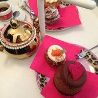 Photo taken at MoMade Cupcakes by Burcu Y. on 1/13/2013