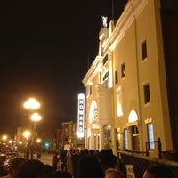 Foto tirada no(a) The Howard Theatre por Douglas R. em 1/14/2013