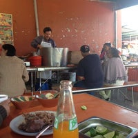 Photo taken at Barbacoa y Consome Chano by Asenatita N. on 7/28/2013