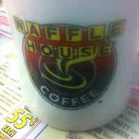 Photo taken at Waffle House by Laura R. on 2/22/2013