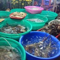 Photo taken at Làng Chài Dũng Chuyên by Dr Kieu on 2/17/2013