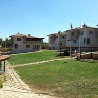 Photo taken at Yüksekçıta Koleji by Hüseyin Y. on 9/15/2013