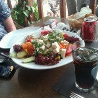 5/29/2013 tarihinde Mustafa C.ziyaretçi tarafından Castle Cafe & Bistro'de çekilen fotoğraf