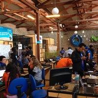 Photo taken at Coworking - Factoría del Conocimiento by Estela N. on 3/29/2014