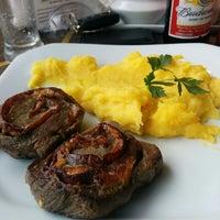 Foto tirada no(a) Grão Brasil Café por Daniel H. em 8/2/2014