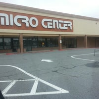 Photo taken at Micro Center by carlos G. on 1/13/2013