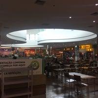 Foto tirada no(a) Praça de Alimentação por Thiago S. em 5/11/2017