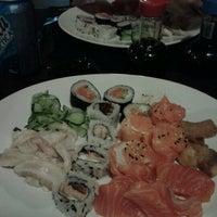 Foto tirada no(a) Nikkey Sushi Bar e Petiscaria por Giseli D. em 1/10/2013