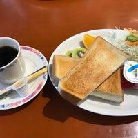 Photo taken at 道の駅 宿場町ひらふく by Toyotaka T. on 11/3/2017