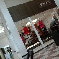 Foto tirada no(a) Shopping do Calçado de Franca por Matheus M. em 1/30/2013