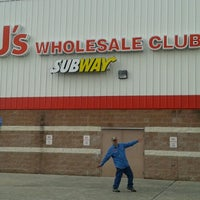 Photo taken at BJ's Wholesale Club by Christina V. on 10/12/2012