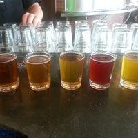 Das Foto wurde bei Rogue Eastside Pub & Pilot Brewery von Darin M. am 6/15/2013 aufgenommen