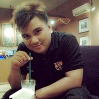 Photo taken at Kedai Kopi Espresso Bar (KeiKo) by Okky R. on 10/2/2013