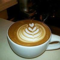 Photo taken at Raslan Hana Coffee || رسلان هناء للقهوة by Melville M. on 7/21/2016