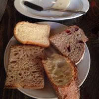 Das Foto wurde bei Boulangerie Bistro EPEE von Yoshimi T. am 12/6/2013 aufgenommen