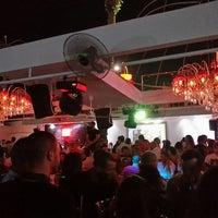 รูปภาพถ่ายที่ Ice Club & VIP Lounge โดย Gökhan N. เมื่อ 7/20/2013