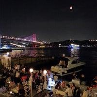 Das Foto wurde bei The House Café von Gökhan N. am 6/29/2013 aufgenommen