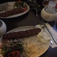 Photo prise au Turkish Villa Restaurant par Aynur D. le12/21/2017