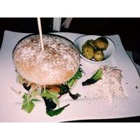 Das Foto wurde bei CA-BA-LU Burger & More von lace m. am 3/21/2014 aufgenommen