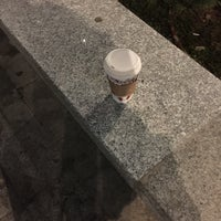 11/20/2017 tarihinde CJ J.ziyaretçi tarafından Starbucks'de çekilen fotoğraf