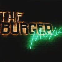Снимок сделан в The Burger Mexico пользователем KateMoz 7/25/2015