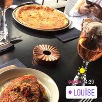 9/5/2018 tarihinde Deniz D.ziyaretçi tarafından Louise Brasserie & Lounge'de çekilen fotoğraf