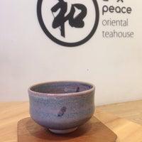 Foto tirada no(a) Peace Oriental Teahouse por Mai_Chotirose🍃 em 4/18/2017