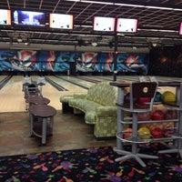 Photo taken at Pin Strikes Chattanooga by Lokah M. on 3/20/2014