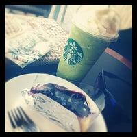 Photo taken at Starbucks by Pochara A. on 10/4/2012