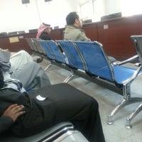 Photo taken at محكمة الخبر - الدوائر الشرعية by Mesfer A. on 1/14/2013