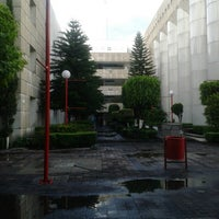 Photo taken at Universidad del Valle de Mexico by Cecy C. on 8/3/2013