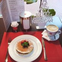 Снимок сделан в We.Cafe пользователем Inna S. 11/28/2015
