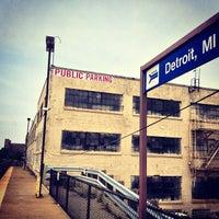 Das Foto wurde bei Detroit Amtrak Station (DET) von Артем С. am 6/16/2013 aufgenommen
