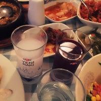 Foto tomada en Samos Tavern Restaurant por Burçak O. el 3/9/2018