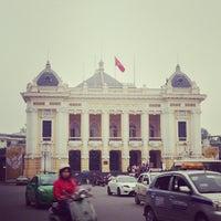 Photo taken at Nhà Hát Lớn Hà Nội (Hanoi Opera House) by Meow C. on 3/30/2013