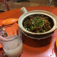 Photo taken at Restoran Sixty Three Kopitiam (63 茶餐室) by Herenna N. on 11/12/2016