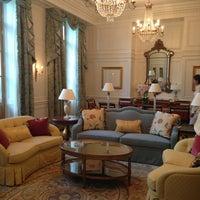 Снимок сделан в Four Seasons Hotel Lion Palace St. Petersburg пользователем Anna P. 7/12/2013