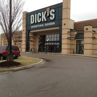 Photo taken at DICK'S Sporting Goods by Gil M. on 3/16/2014