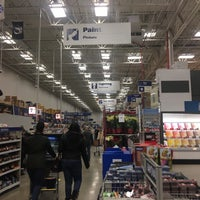 Photo taken at Lowe's Home Improvement by Alan B. on 12/10/2017