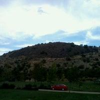 Foto tirada no(a) Cementerio Parque del Recuerdo Cordillera por Constanza C. em 1/13/2013