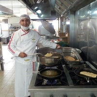 Photo taken at Tezel Gıda by Yunus Emre Chef on 6/7/2013