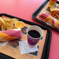 Photo taken at Taco Bell (C.C. Plaza Mayor) by Vova Polo on 9/20/2013