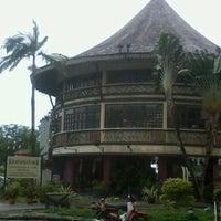 Photo taken at Khatulistiwa Restaurant & Cafe by Rabiatul A. on 1/23/2013