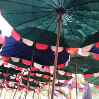 Photo taken at ร้านจ่าจัย เกาะสีชัง by Alexandr H. on 1/6/2015