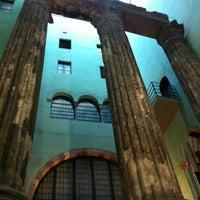 Foto tomada en Templo de Augusto por Pablo P. el 10/6/2012