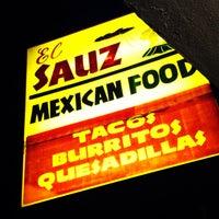 9/8/2013 tarihinde Billy H.ziyaretçi tarafından El Sauz Tacos'de çekilen fotoğraf