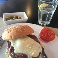 Photo taken at Stanford Gourmet Burger by Sonia L. on 6/21/2015
