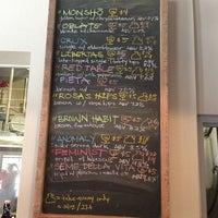 Foto tomada en Monkish Brewing Co. por Vella P. el 8/9/2013